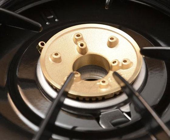 Tại sao bếp gas đỏ lửa và cách khắc phục